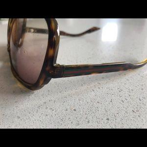 Gucci Accessories - Men's Gucci sunglasses
